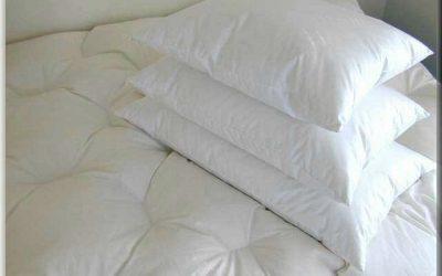 Pernele cu puf perfecte pentru un somn linistit